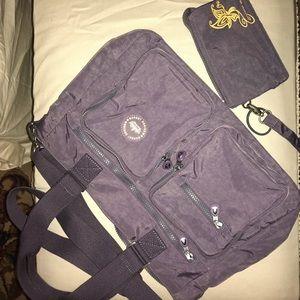 Travel purse